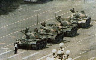 Tienanmen1989_man_vs_tank